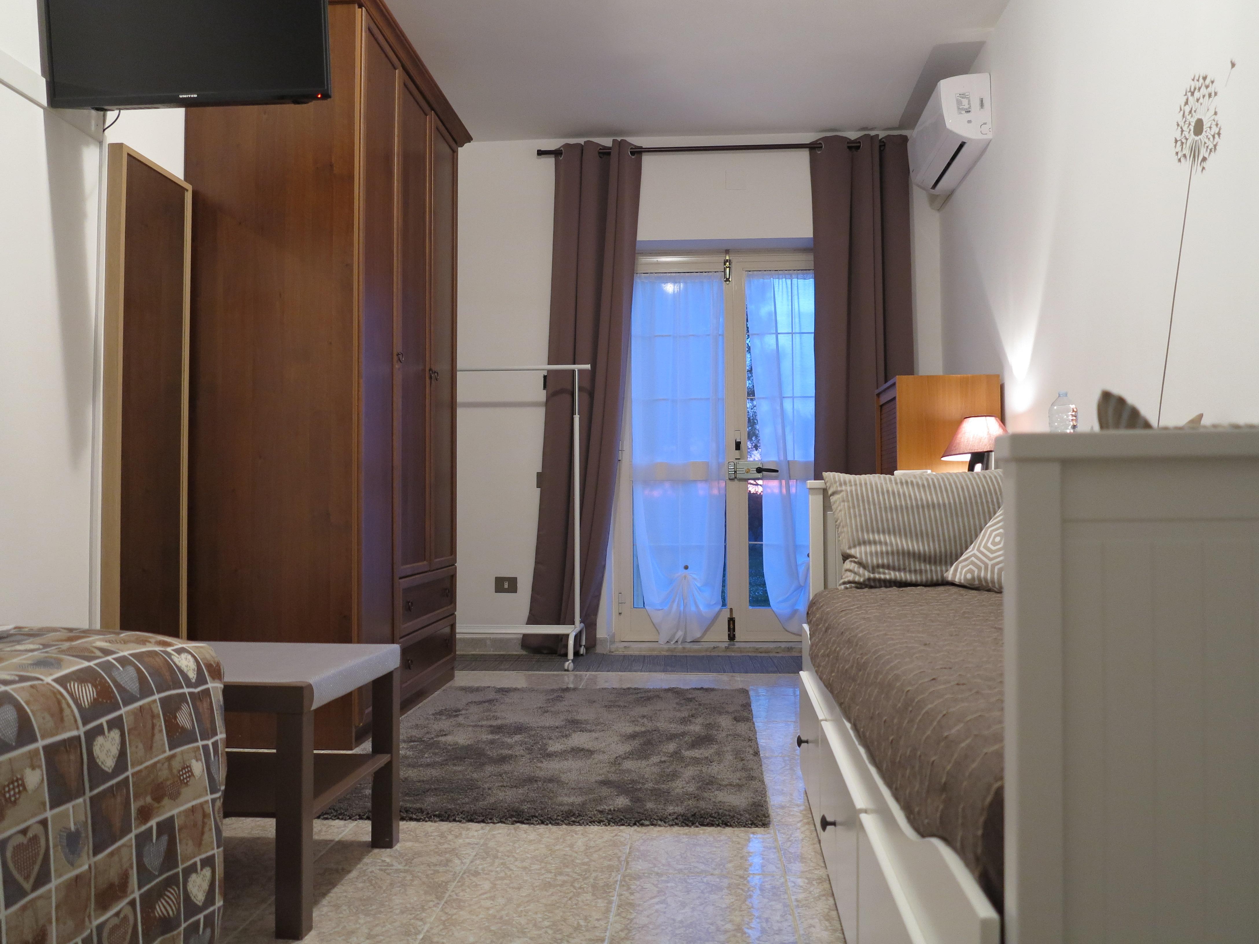 stanza Maria biancocancello camera singola doppia bagno ingresso indipendente
