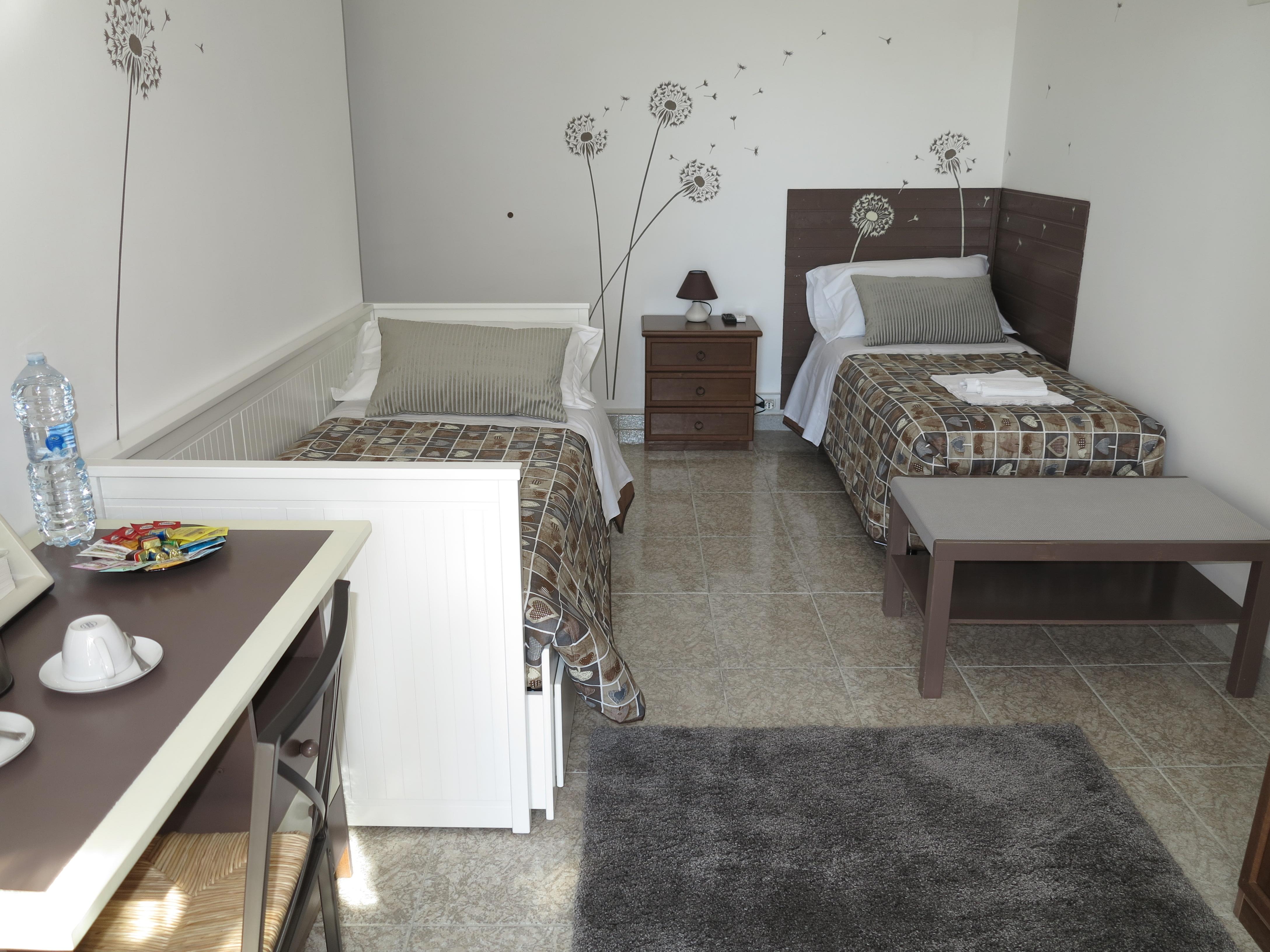 Stanza Maria letti singoli camera singola doppia bagno ingresso indipendente